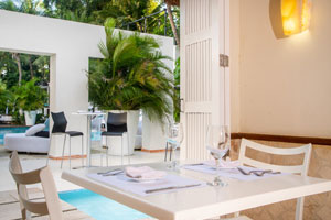 Oasis Smart - The Lounge Hotel - Cancun, Mexico